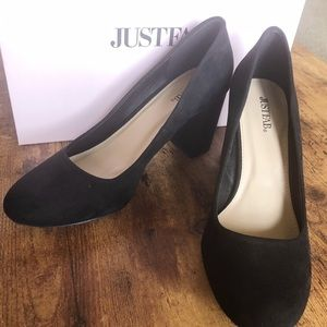 Sz 9 JustFab Akela Black Pump